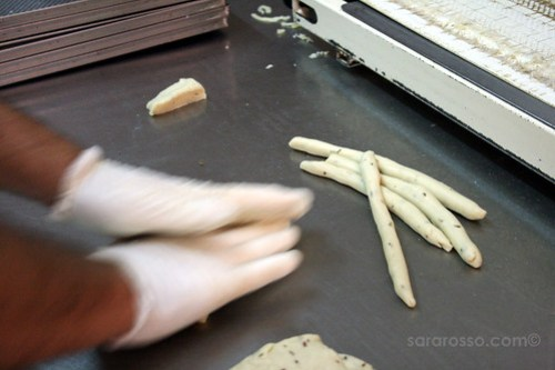 Hand-rolling the Scaldatelli in a Tarallificio