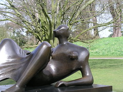 Reclining Figure Angles, 1979,  by Henry Moore at Kew Gardens