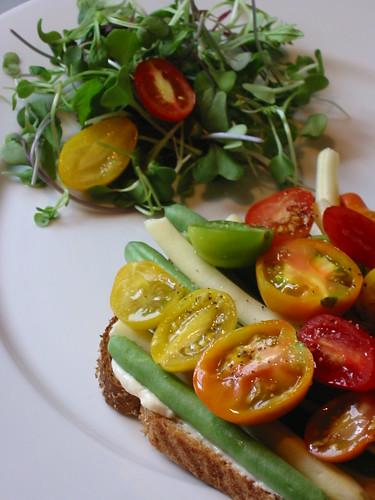 Vegetarian BLT 7 by Dulcedo Blog.