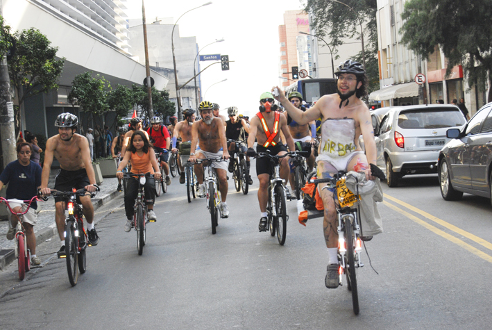 WorldNakedBikeRideSP120