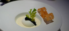 "Oeuf ""casse"" au Caviar d'Aquitaine"