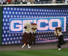 washington nationals presidents race teddy and abe tripping thomas jefferson.