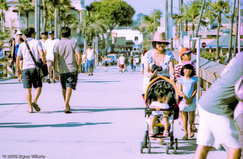 Strolling around Balboa Pier