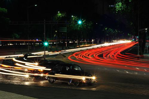 Circulando en la avenida.