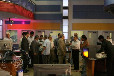 غرفة الأخبار بقناة الجزيرة