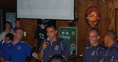 DSC_5631 Tim Cahill answering