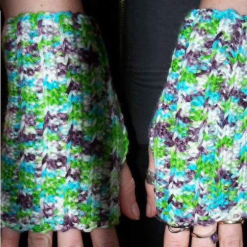 * Crocheted fingerless mitts!  Love em!