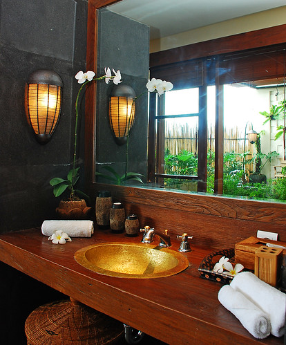 Sumatra Bathroom