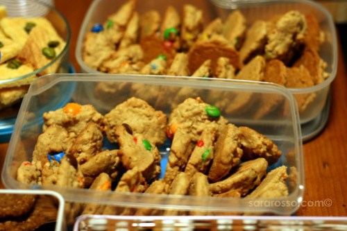 Super Chunky Peanut Butter Cookies with M&M's for Holiday Cookie Swap