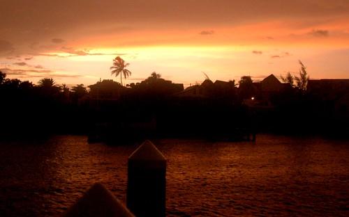 a photo of harbor island in the bahamas at dawn
