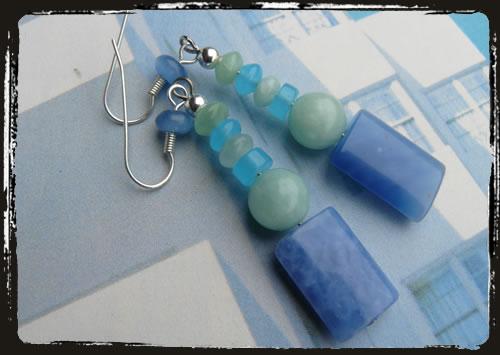 Orecchini quarzo blu arcobaleno - Blue rainbow quartz handmade earrings MEHCPBR