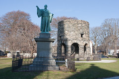 "Newport Tower and statue in Touro Park • <a style=""font-size:0.8em;"" href=""http://www.flickr.com/photos/54494252@N00/3192489081/"" target=""_blank"">View on Flickr</a>"