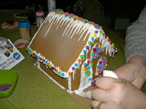 Jess howing off her house building skillz