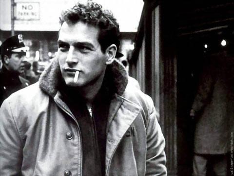 Paul Newman e seu amigo, o cigarro, que logo o tornaria Paul Deadman