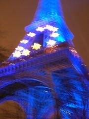 Eiffel Tower goes all EU