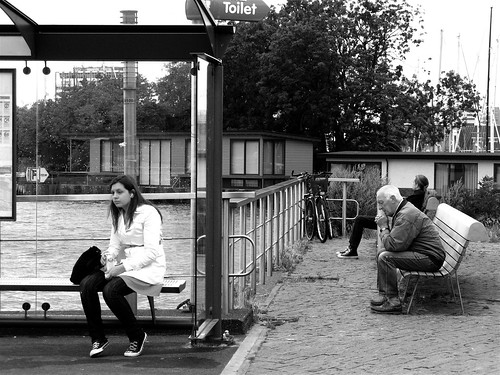 ENDLESS WAITING (ONLY 10 MINUTES) (by Akbar Simonse)