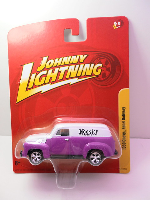 johnny Lightning 1950 chevy panel delivery (1)