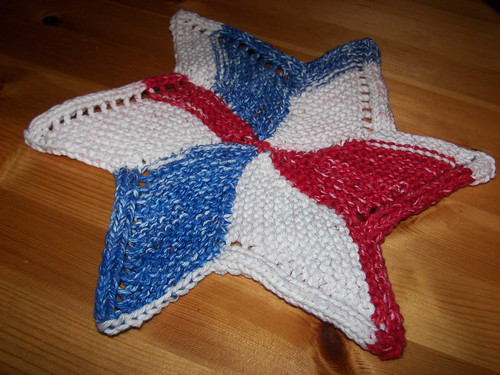 a little wash cloth knitting - starfish