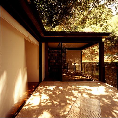 2547161341 6d9d61bfec Casa Aquino by Augusto Fernandez Mas