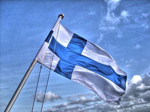 Bandeira de Finlandia en HDR