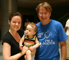 Liz Muller, former Yale staff member now living in Nanjing, with her son Leo and Doctor James Perlotto. Lizs husband, John Michael Muller, joined the orchestra for all four concerts in Korea and China.