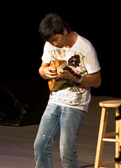 "Jake Shimabukuro • <a style=""font-size:0.8em;"" href=""http://www.flickr.com/photos/54494252@N00/2786102856/"" target=""_blank"">View on Flickr</a>"