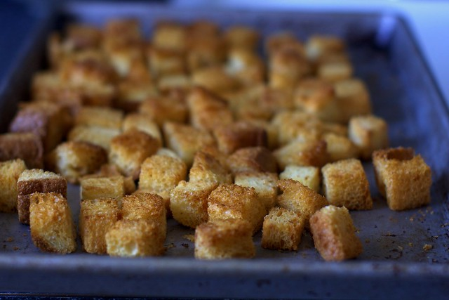 toasted brioche cubes