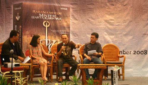 Panca mewakili Goodreads Indonesia di acara Indonesia Book Fair 2008
