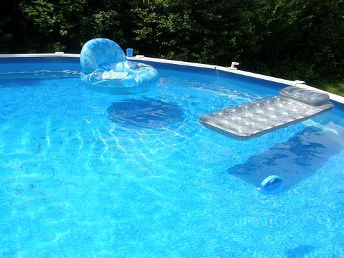 Sparkley pool