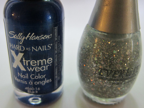 Sally Hansen Blue It + Ever bi Lena Holographic Glitter