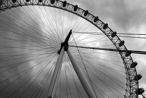 uk trip england sky bw cloud london eye wheel circle fun island nikon europe view londoneye gb horizont londyn d80