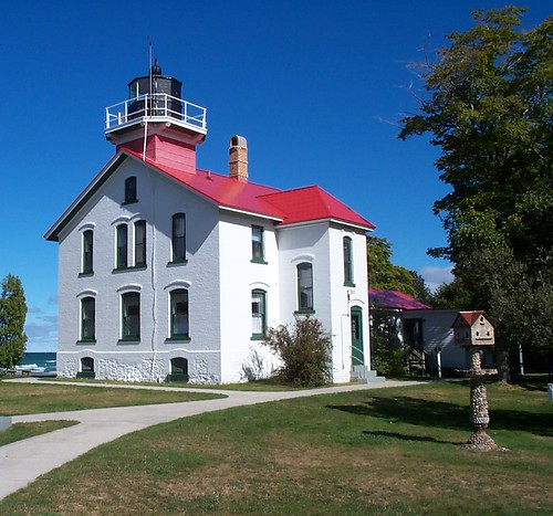 Grand Traverse Lighthouse by Pentax K1000 Gal