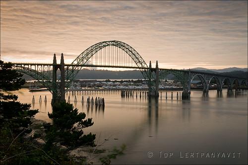 Yaquina Bay Bridge at sunrise