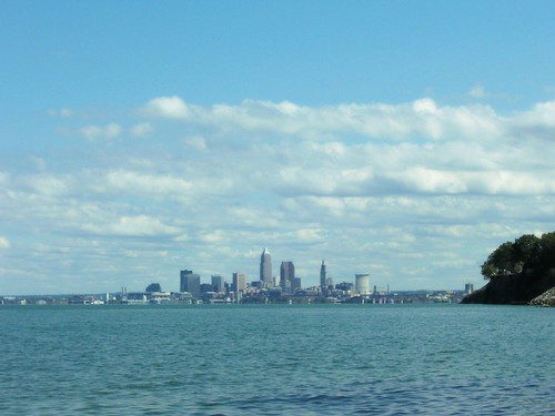 LAKE ERIE AND THE SKYLINE