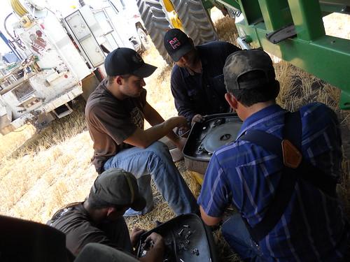 Crew fixing seat