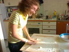 lau making pisarei