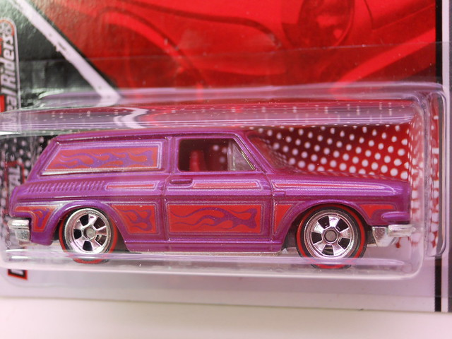 hot wheels garage '69 custom volkswagen squareback (2)