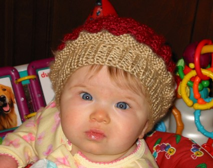FabEWElously Cute Picture of My Daugher in her Raspberry Hat