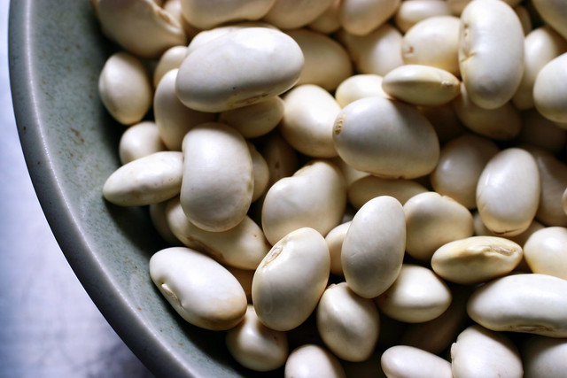 how to cook white beans fast