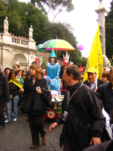 30 ottobre 2008 - Il carro dei tagli (c)(c) gaetano aitan vergara