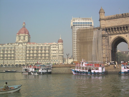 Taj Palace Hotel and Gateway to India