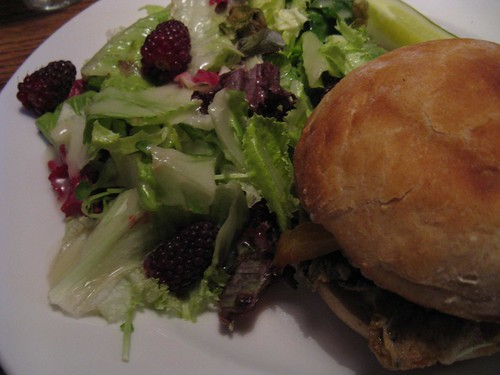 oyster sandwich & salad