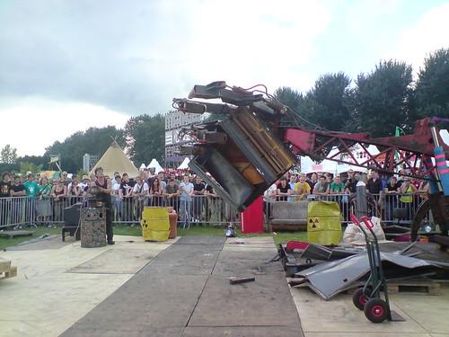 Giant RoboHand