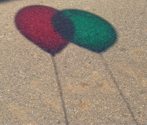Shadow Ballons Red & Green
