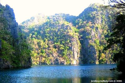 Cayangan Lake - Coron Islands, Palawan