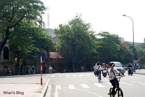 Hang Dau - Dinh Tien Hoang