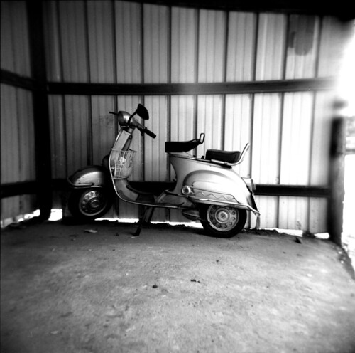 Holga - The lost Vespa