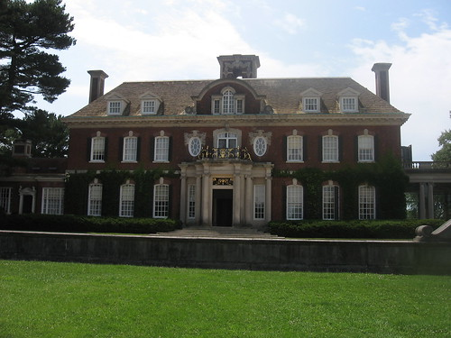 Entrance to Old Westbury House