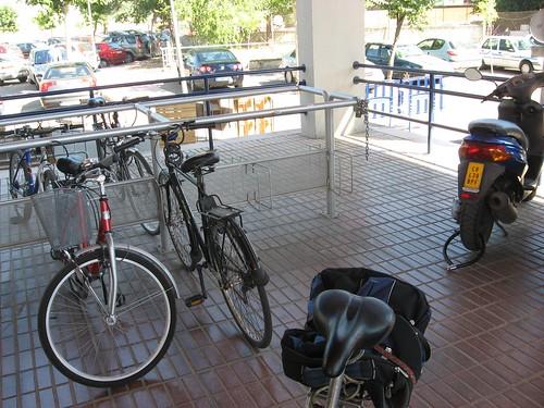Aparcamientos para Bicicletas en los Colegios Provinciales Sede de la Diputación de Cordoba