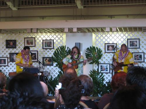 Ipo Kumukahi and Hawaiian Music Hall of Fame Serenaders